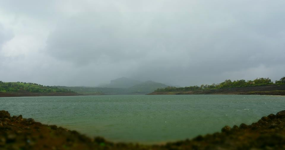 arthur lake at bhandardara pc aniruddh thikam