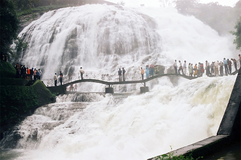 umbrella waterfalls at bhandardara pc google images